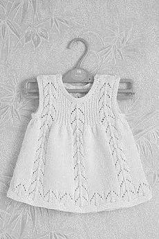Crochet Dress Girl, Baby Girl Crochet, Knit Dress, Girls Knitted Dress, Baby Knitting Patterns, Baby Patterns, Free Knitting, Simple Knitting, New Baby Dress