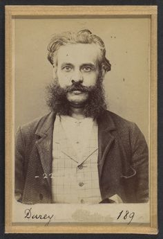François-Louis Durey (43 ans, né à Lyon le 25 février 1851, architecte), anarchiste (1894, Metropolitan Museum of Art, New-York) d'Alphonse Bertillon (1853-1914)
