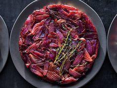 Balsamic Onion Thyme Tarte Tatin