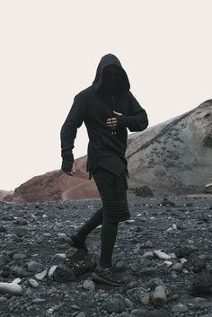 Men that are dominating the Grunge Scene - Goteo Fashion Mode, Dark Fashion, Urban Fashion, Mens Fashion, Fashion Menswear, Moda Cyberpunk, Cyberpunk Fashion, Rauch Fotografie, Ropa Hip Hop
