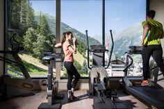 Fitnessraum Spa, Superior Hotel, Gym Equipment, Sports, Home Gym Room, Swim, Alps, Sport, Workout Equipment