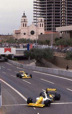 Paolo Barilla (BRA) (SCM Minardi Team), Minardi M189 - Ford-Cosworth DFR 3.5 V8 and Pierluigi Martini (ITA) (SCM Minardi Team), Minardi M189 - Ford-Cosworth DFR 3.5 V8(United States 1990) phoenix Az