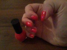 każdy odcień czerwonego na moich paznokciach to jest to ! :)