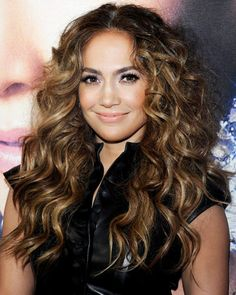 lets pretend this isn't jlo and ill get my hair done like this