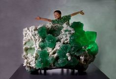 """A nearly 4,000-pound specimen of fluorite! Another giant specimen on display at the Yale Peabody Museum of Natural History's David Friend Hall, opening October 23, 2016! (Photo by Robert Lorenz) Thanks Yale Peabody Museum of Natural History for posting"""