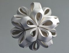 UK designer Richard Sweeney 3-dimensional sculptures made from the most ordinary of materials: plain old paper
