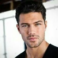 Ryan Paevey. Sometimes while watching GH with Jer, I accidentally state out loud how much I love this man...