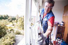 Ablauf einer Fenstermontage in Linz! Monteur von Fenster-Schmidinger aus Gramastetten.