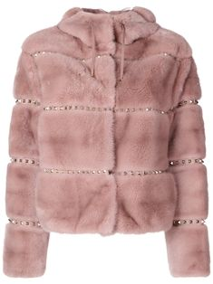 Shop now Valentino Rockstud jacket for at Farfetch UK. Valentino Rockstud, Fur Fashion, Couture Fashion, Faux Fur Jacket, Fur Coat, Valentino Jacket, Valentino Red, Valentino Clothing, Cute Jackets