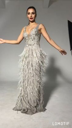 Luxury Deep-V Sequins tassel Evening Gown Dear valuable customer ,our Evening Gowns are handmade instead of mass-produced,the fabric used is excellent,so please do not compare our goods with other Eve Elegant Dresses, Pretty Dresses, Beautiful Dresses, Gorgeous Dress, Grey Bridesmaid Dresses, Prom Dresses, Formal Dresses, Beaded Evening Gowns, Elegant Evening Gowns
