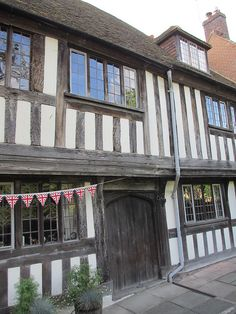 Half-timbered house, West Street, Rye, England | Flickr - Photo Sharing! English House, English Cottages, English Village, Old Farm Houses, Country Houses, Rye England, Emigrate To Australia, Wattle And Daub, British Architecture