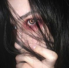 "Princessatan: ""/ka "" looks eyes, makeup và sad girl Aesthetic Eyes, Aesthetic Grunge, Aesthetic Girl, Gothic Aesthetic, Aesthetic Makeup, Ft Tumblr, Sweet Revenge, Jung So Min, Foto Instagram"