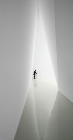 Home And Building Natural Light Design And Architecture 76 - DecOMG Light Luz, Therme Vals, Art Et Architecture, Installation Architecture, Minimalist Architecture, Design Oriental, Light And Space, Light And Shadow, Light In The Dark