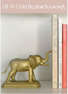 DIY Gold Elephant Bookends Instructions (So doing this!) I need bookends! Diy Projects To Try, Craft Projects, Craft Tutorials, Do It Yourself Inspiration, Idee Diy, Gold Diy, Plastic Animals, Crafty Craft, Crafting