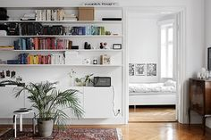 The Stockholm home of a fashion stylist (my scandinavian home)