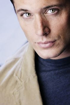 another edit of Jensen, Smallville promo