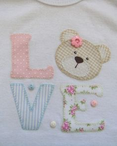Baby Gifts Sewing Crafts Ideas For 2019 Baby Applique, Machine Applique, Machine Embroidery Patterns, Applique Patterns, Applique Designs, Baby Patterns, Embroidery Applique, Fabric Crafts, Sewing Crafts