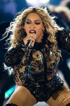 Beyonce - The Formation World Tour in Nashville (October - Formation Formation Tour, The Formation World Tour, Blue Ivy Carter, Beyonce Coachella, Beyonce Photoshoot, Beyonce And Jay Z, Beyonce Knowles, Female Singers, Queen Bees