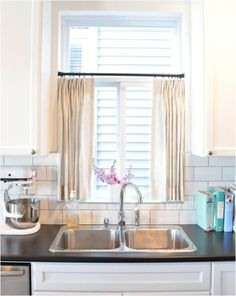 New kitchen window over sink decor cafe curtains 63 Ideas Kitchen Window Dressing, Kitchen Window Blinds, Kitchen Window Shelves, Window Over Sink, Kitchen Window Treatments, Kitchen Windows, Cafe Curtains Kitchen, Neutral Kitchen Curtains, Kitchen Window Coverings