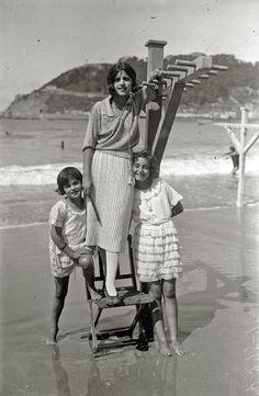 Donostia - San Sebastián Art Déco: Fotografías años 20 - 30 en la Playa de La Concha. Ricardo Martín