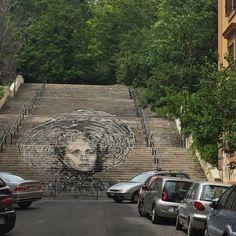 Street art by Diavù! #roma #rome #receitaitaliana #receitas #receita #recipe #ricetta #cibo #culinaria #italia #italy #cozinha #belezza #beleza #viagem #travel #beauty #streetart #stairs #diavù #trastevere #monteverde #popstairs #diavu