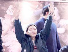 . ❥ [HQ] 160221 Yeouido Fansign || © moment movement #이승훈 #승훈 #LeeSeunghoon #Seunghoon #Hoonie #BabyLionSeunghoon #HipHopBabyLion #위너 #WINNER #YG #YGWINNER #WINNERYG #InnerCircle #winnercity #maetamong #BLSHEXIT