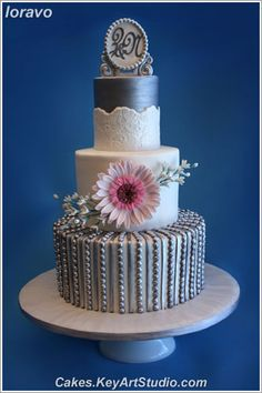 Pink and Silver Wedding Cakes | wedding-silver-pink-gerber-01