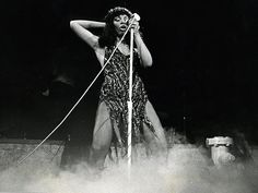 Donna Summer (Larry Bessel / Los Angeles Times / May 17, 2012)  Donna Summer performs in 1979.