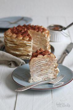 layered with a sweet espresso mascarpone cream cheese frosting Köstliche Desserts, Delicious Desserts, Yummy Food, Dessert Recipes, Italian Desserts, Plated Desserts, Gourmet Recipes, Cookie Recipes, Gourmet Foods