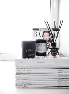Black and white magnoliablogg.com