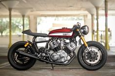 Yamaha Virago XV750′s new café racer stance was enhanced with Tarozzi rear-sets and R1 clip-ons with Biltwell Thruster grips