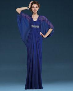 Foto 4 de 16 Vestido de madrina estilo túnica en color azul noche. Imagen Couture Club by Rosa Clara 2014 | HISPABODAS