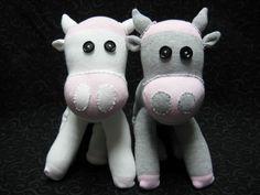 3. #vache - 12 chaussette #bricolage follement #adorables jouets... → DIY