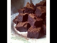 Gooey Flourless Fudge Brownies