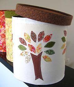 Potes de sorvete, tambores e outras reciclagens no Mural da Vila Crafts For Kids, Diy Crafts, Decoupage, Upcycle, Planter Pots, Recycling, Tableware, Bottle, Vintage