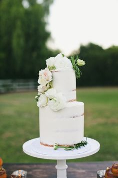 lightly frosted wedding cake