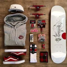 You're totally on point with this fresh Magenta #skate #skateboard #skateboarding #magentaskateboards #independenttrucks #pigtool #boneswheels #vansskate #vans #skatelife #skateeverydamnday #stancesock