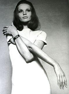 Veruschka von Lehndorff, Elegance (Dutch) September 1966