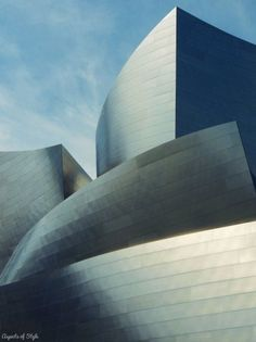 Walt Disney Concert Hall by Frank Gehry, Los Angeles