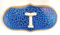 Ateliê Le Mimo: QUADROS E PLACAS  Placa para banheiro ou lavabo Peça em madeira com aplique em resina
