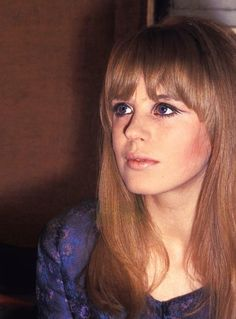 Sixties — Marianne Faithfull, in Paris, France. Patti Hansen, Lauren Hutton, 60s Makeup, 70s Hair, Marianne Faithfull, Francoise Hardy, Thing 1, Vogue, Twiggy