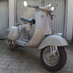 "Vintage Messerschmitt Vespa of Olli ""The Barber"" Vespa Ape, Lambretta Scooter, Vespa Scooters, Piaggio Vespa, Vintage Vespa, Vespa Retro, Triumph Motorcycles, Sidecar, Ducati"