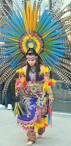El PENACHO  *SOL* AZTECA PURO MEXICO