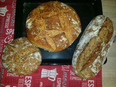 Sourdogh bread sau paine doar din faina, apa și sare.