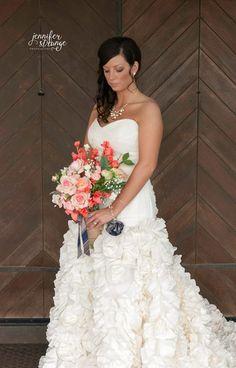 Spring Wedding in North Carolina, Rustic Barn, Wedding, Burlap, Bridal Session, Classic, Bouquet, Copyright Jennifer Strange Photography