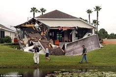 100 foot Sinkhole in Florida March 3, 2013. Man killed in bedroom as he sunk into hole with house.