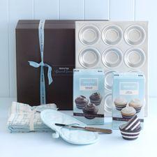 Essential cupcake kit
