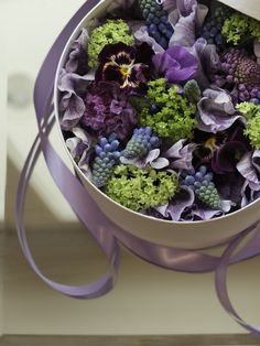 Shade Garden Flowers And Decor Ideas Box Flower Types Of Flowers, My Flower, Beautiful Flowers, Window Box Flowers, Flower Boxes, Beautiful Flower Arrangements, Floral Arrangements, Bouquets, Bouquet Box