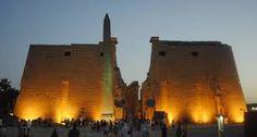 Visita del templo de Luxor en el crucero Nilo #Egipto_y_jordania_tours #Luxor_templo  http://www.maestroegypttours.com/sp/paquetes-de-viajes-egipto/Paquetes-de-viajes-Egipto-y-Jordania/Paquete-de-viajes-a-Egipto-y-Jordania