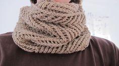 Ravelry: failbetter's November cowl em Pure Wool Dk da Rowan #ovelhanegra #ovelhanegrayarns